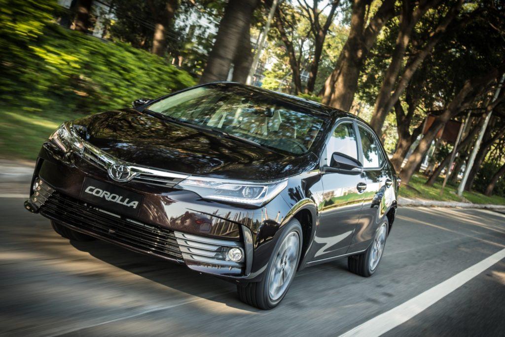 Melhores carros Uber Black Toyota Corolla